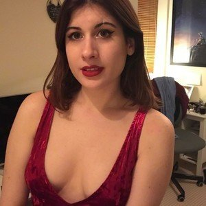 LucyVenus from myfreecams