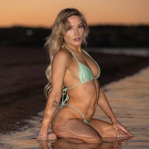 Alexis_wild24 from myfreecams