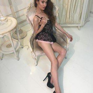 LorraineLi from myfreecams