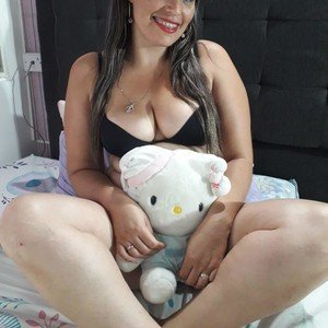 Isabellatovar from myfreecams