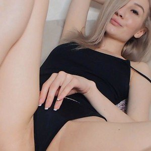Roksana24 from myfreecams
