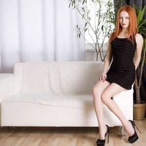 Esenia_sun from myfreecams