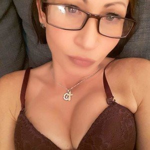 Hotty_anyaa from myfreecams