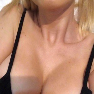 Sexy4Uselena