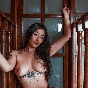 Lya_olson from myfreecams