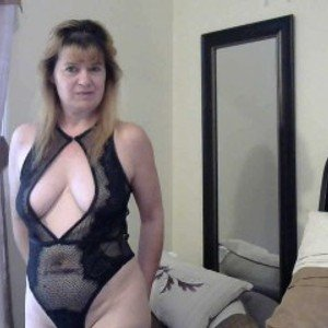 hotmilf0667 from jerkmate