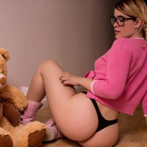 JuliaWestmore from streamate