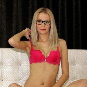 ChristineblondeXO from streamate
