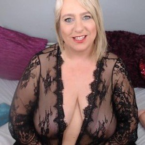 English_Milf from jerkmate