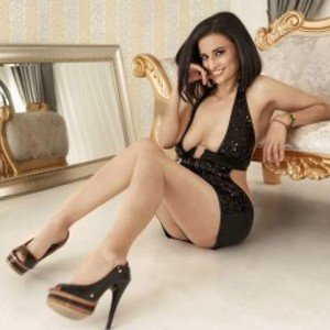 Luciana4Uu from jerkmate