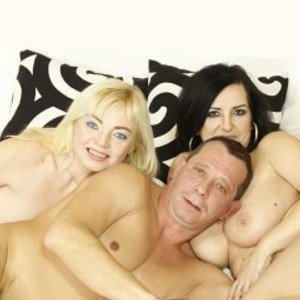 Sensual3some from streamate