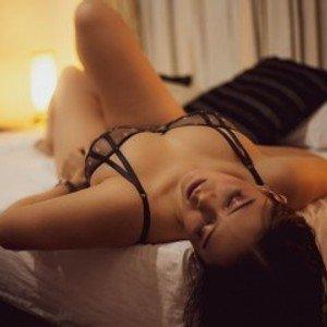 Naomi_Sttone