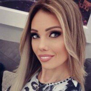 _Nicol from stripchat
