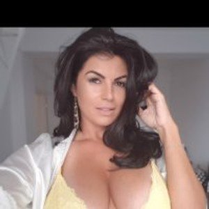 Annyya from stripchat