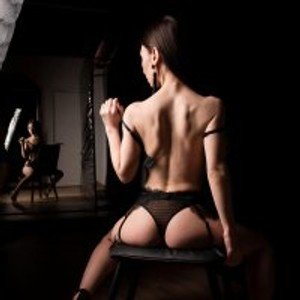 AminaWong from stripchat